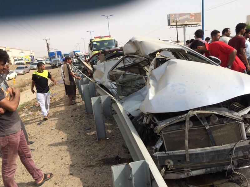 وفاة و8 إصابات في حادث مروع بدولي جازان (348166109) 