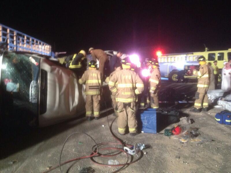 وفاة 11 مقيمًا وإصابة 14 في حادث سير بـ #الأحساء (1)