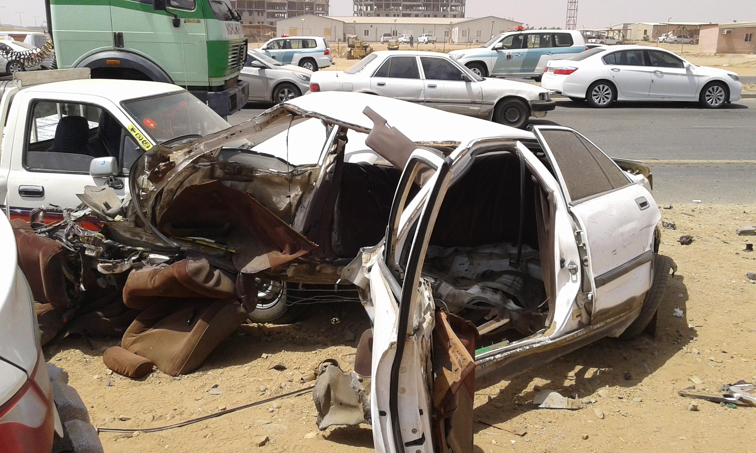 وفاتين و4 إصابات حرجة في حادت تصادم بجازان (6)