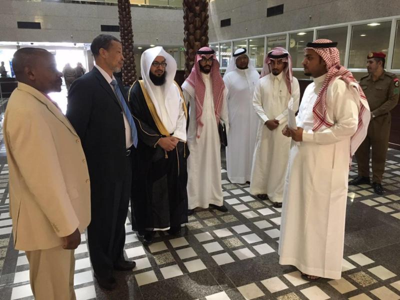 وفد ديوان المظالم العامة بجمهورية السودان يزور استئناف وإدارية الرياض 1
