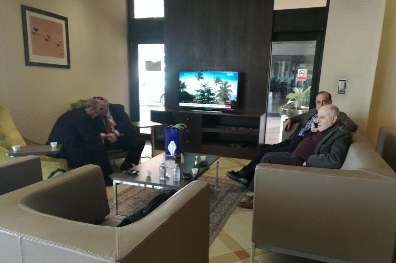 وفد كبير للمعارضة السورية ينطلق من الرياض إلى جنيف