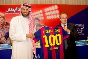 نائب رئيس برشلونة خاڤيير فاوس: تميز وقت اللياقة دعانا لتوقيع الشراكة