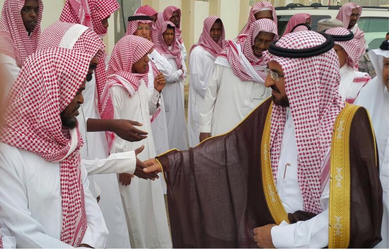 وكيل-امارة-الباحة-يؤدي-الصلاة-علي-الشمراني (7)