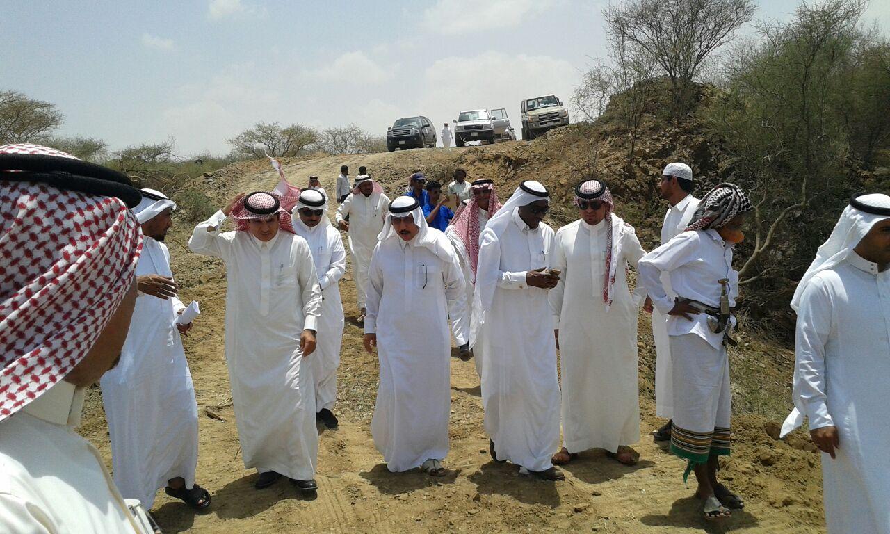 وكيل وزارة الزراعة للتنمية يزور جازان للوقوف على اثار الامطار والسيول (7)
