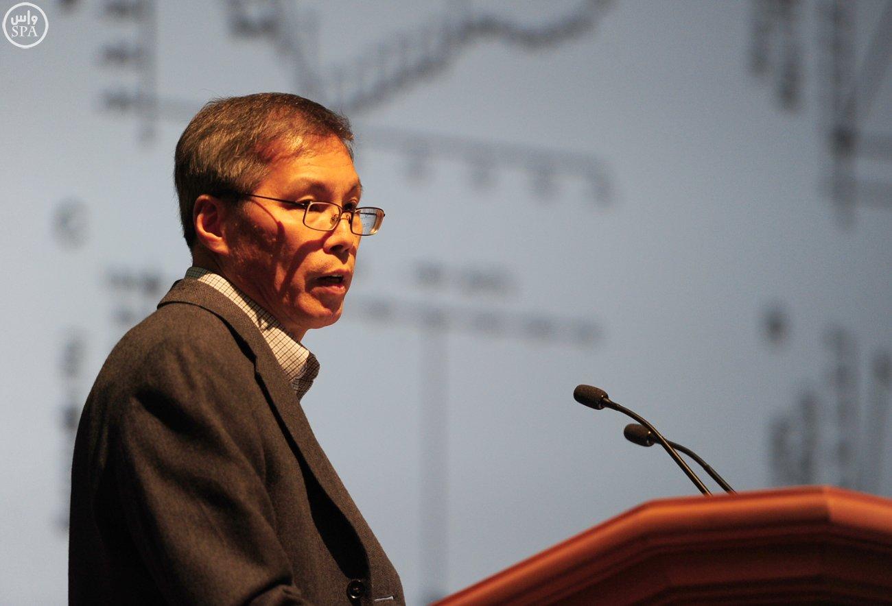 وكيل وزارة الصحة يؤكد أهمية المؤتمر العالمي لأبحاث لقاح كورونا (1)