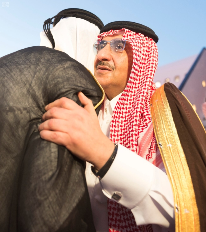 ولي العهد قادما من قطر بعد العزاء في الشيخ خليفة1