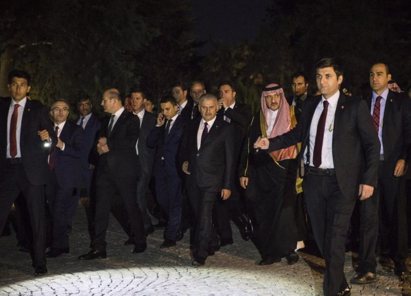 ولي العهد يتجول في قصر تشانكيا بالعاصمة التركية أنقرة 1