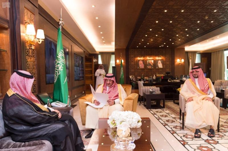 ولي العهد يتسلم رسالة خطية من وزير الداخلية البحريني1