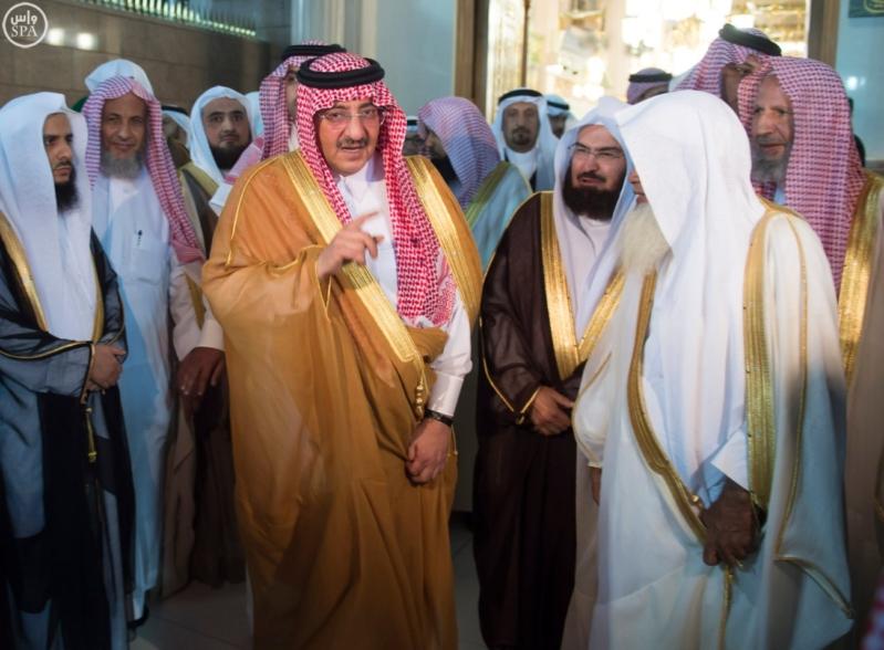 ولي العهد يزور المسجد النبوي  (34669062) 