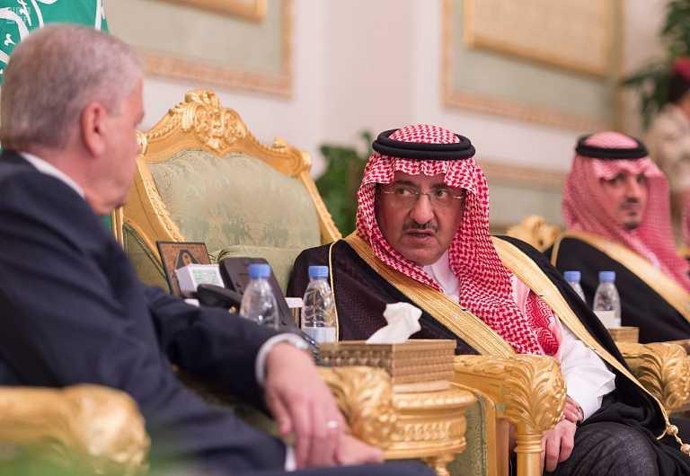 ولي العهد يستقبل الوزير الاول الجزائري2