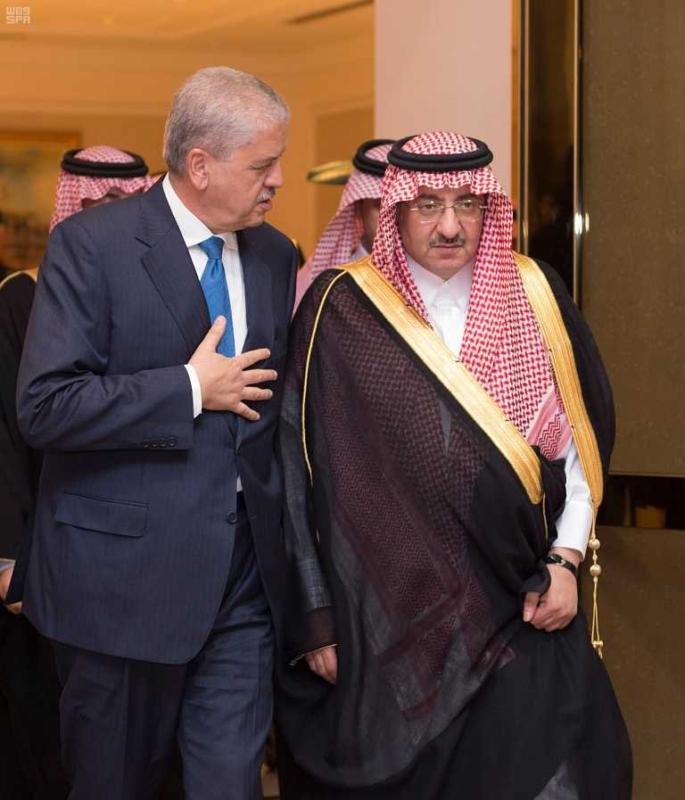 ولي العهد يستقبل الوزير الاول الجزائري3