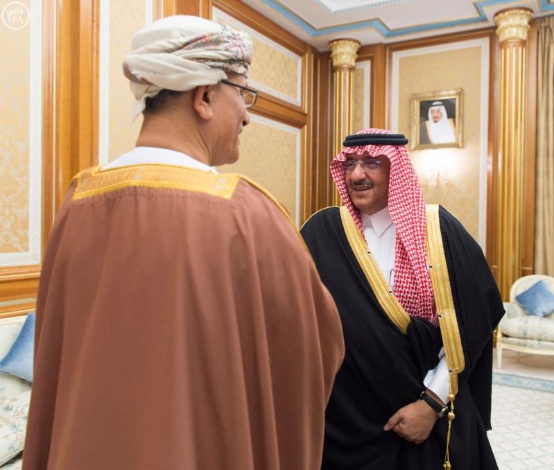 ولي العهد يستقبل وزير سلطة عمان2