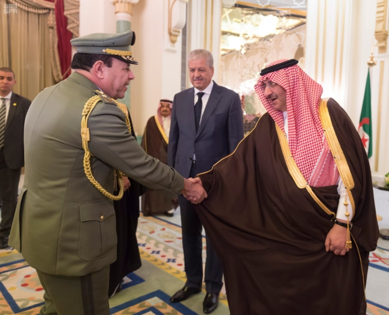 ولي العهد يقيم مأدبة عشاء لرئيس وزراء الجزائر3