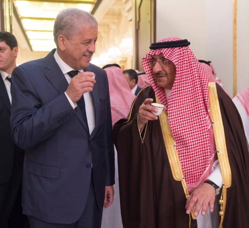 ولي العهد يقيم مأدبة عشاء لرئيس وزراء الجزائر6