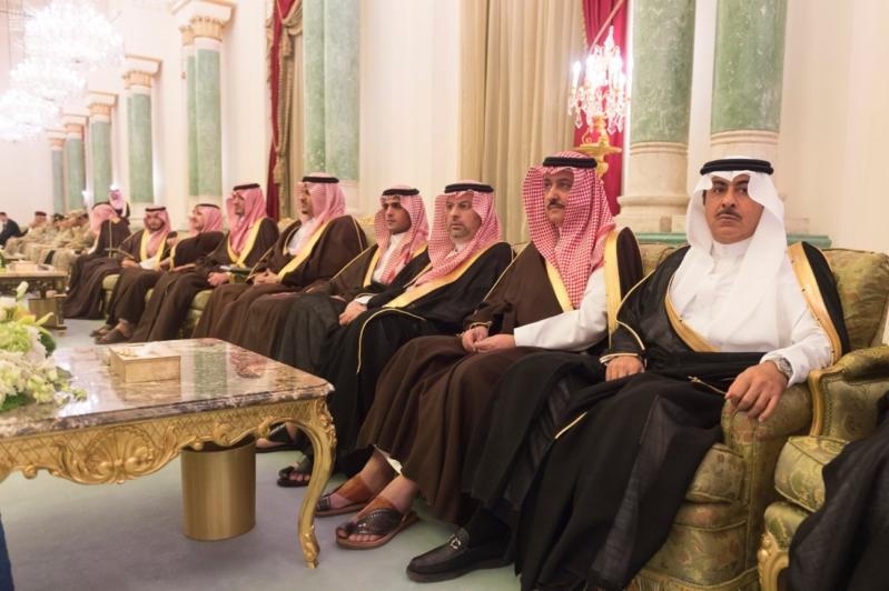 ولي العهد يقيم مأدبة عشاء لرئيس وزراء الجزائر8