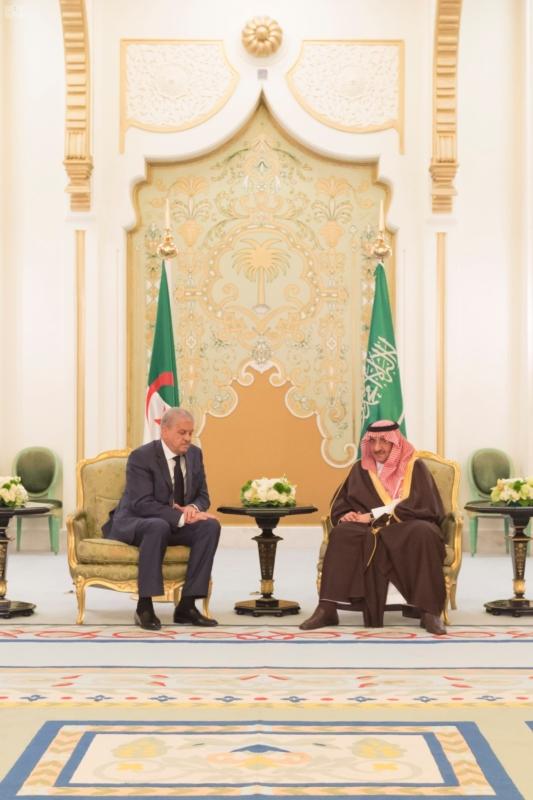 ولي العهد يقيم مأدبة عشاء لرئيس وزراء الجزائر9