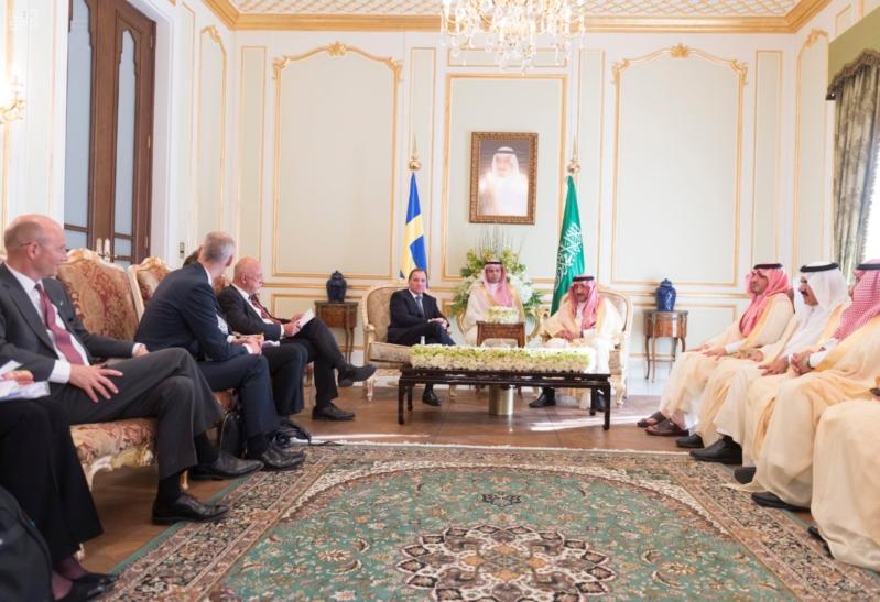 ولي العهد يلتقي رئيس وزراء السويد 2