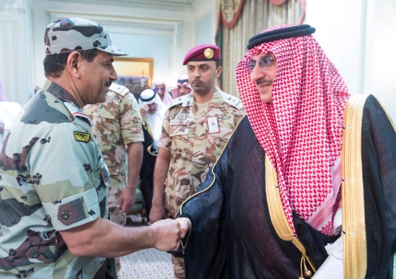 ولي العهد يلتقي قادة القطاعات العسكرية11