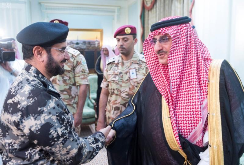ولي العهد يلتقي قادة القطاعات العسكرية12