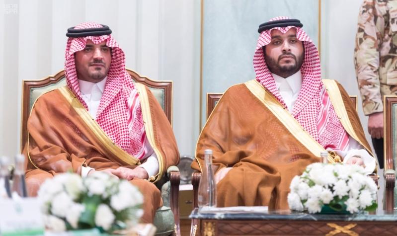 ولي العهد يلتقي قادة القطاعات العسكرية13