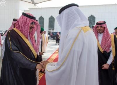 ولي عهد أبو ظبي يغادر جدة2