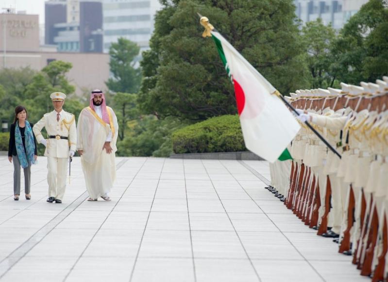 ولي ولي العهد ووزيرة دفاع اليابان 14