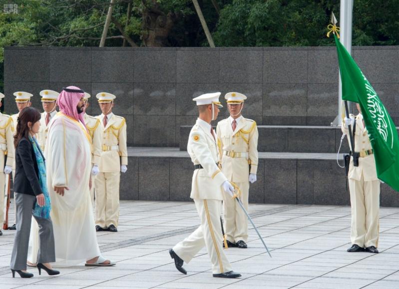 ولي ولي العهد ووزيرة دفاع اليابان 8