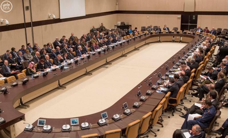 ولي ولي العهد يترأس وفد المملكة في اجتماع الناتو لمحاربة داعش3