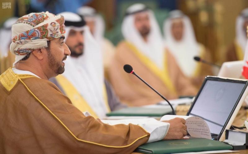 ولي ولي العهد يشهد الاجتماع الأول لهيئة الشؤون الاقتصادية (2) 