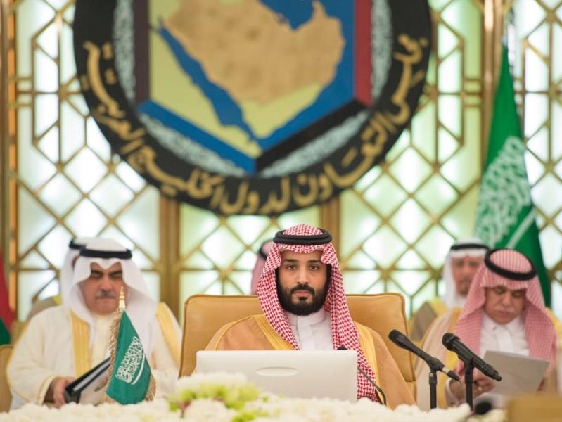 ولي ولي العهد يشهد الاجتماع الأول لهيئة الشؤون الاقتصادية (34865666) 