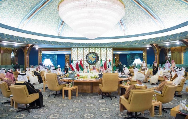 ولي ولي العهد يشهد الاجتماع الأول لهيئة الشؤون الاقتصادية (34865670) 