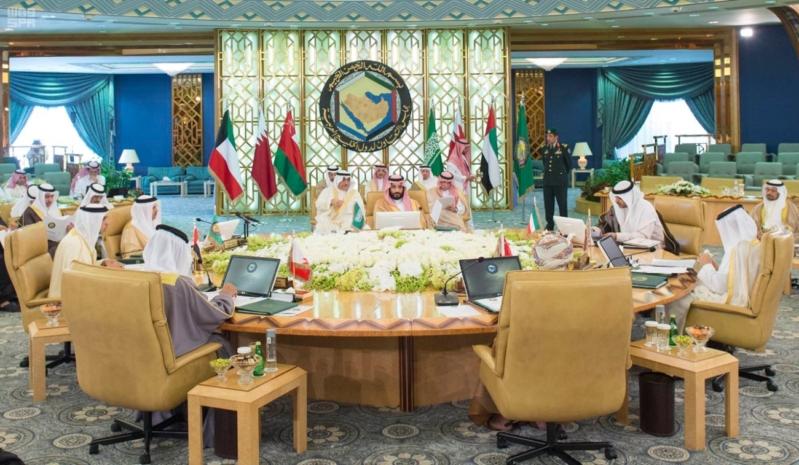 ولي ولي العهد يشهد الاجتماع الأول لهيئة الشؤون الاقتصادية (4) 