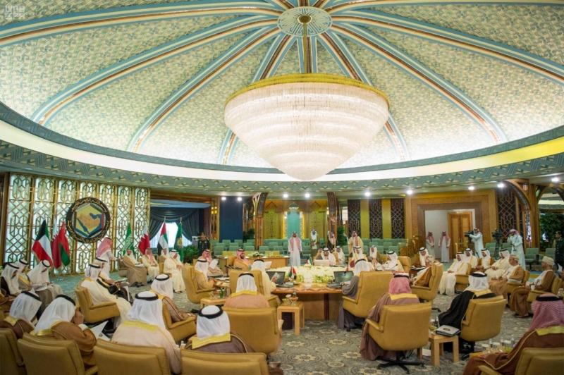 ولي ولي العهد يشهد الاجتماع الأول لهيئة الشؤون الاقتصادية (7) 