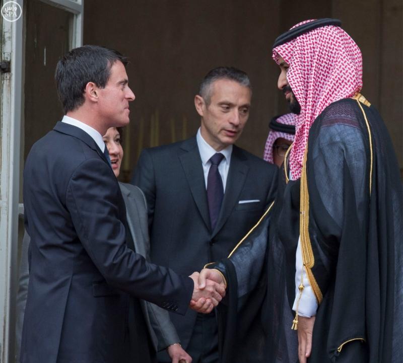 ولي ولي العهد يلتقي رئيس الوزراء الفرنسي (1)