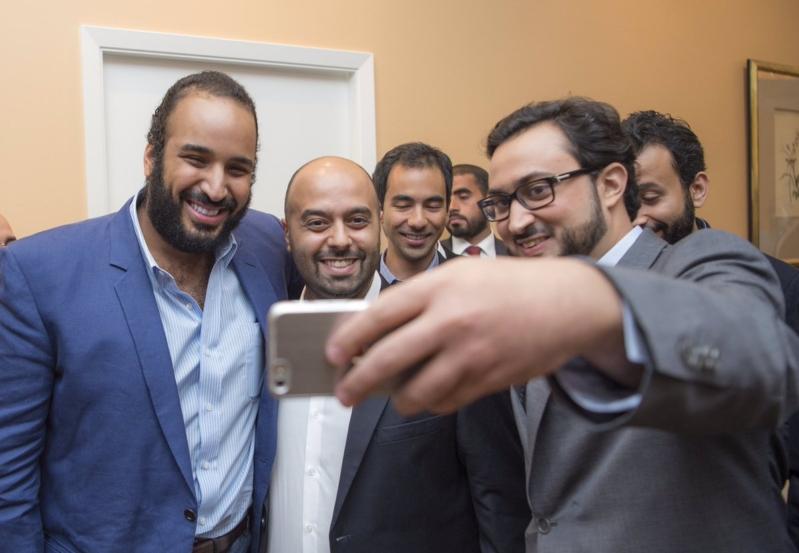 ولي ولي العهد يلتقي سعوديين في شركات امريكية 3