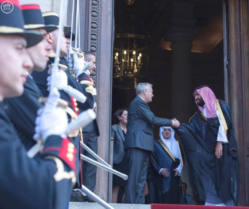 ولي ولي العهد يلتقي وزير الخارجية الفرنسي ويبحث معه تطورات الأحداث بالمنطقة1