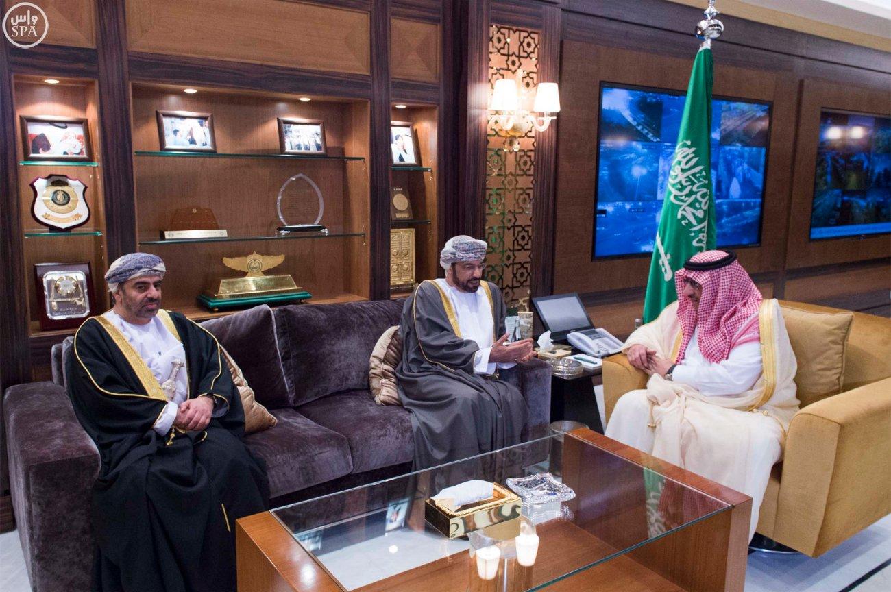 #ولي_العهد يبحث العلاقات الثنائية مع وزير داخلية #عمان (2)