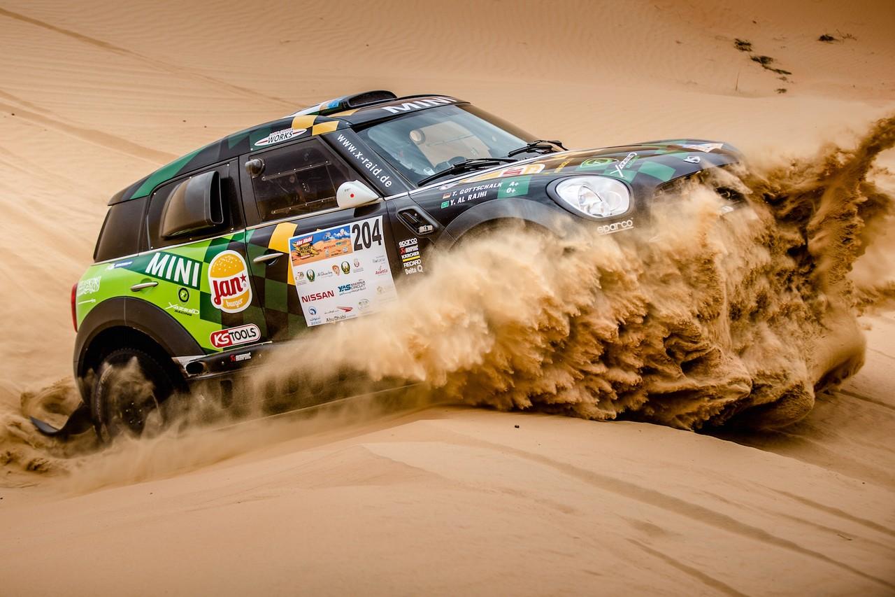 يزيد الراجحي ينتزع وصافة العالم في تحدي الصحراء بابو ظبي (8)