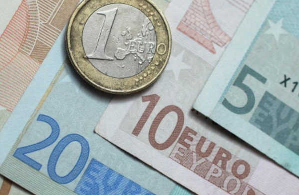 اِنخفاض نمو اقتصاد منطقة اليورو إلى النصف في الرّبع الثاني