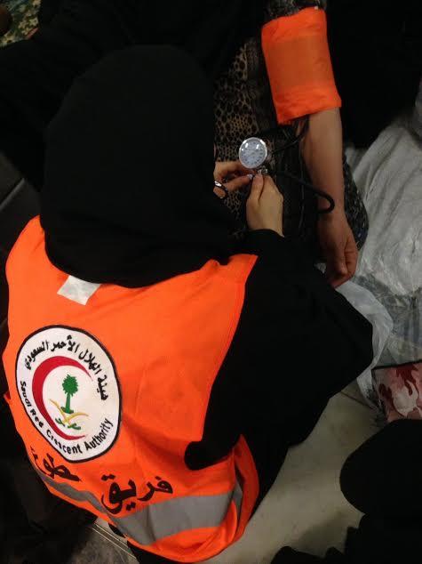 ١٢٠ متطوعة بالهلال الأحمر يعملن أيام العيد في الحرم المكي بالحج3