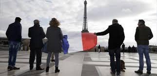 بالصور.. أوروبا تقف دقيقة صمت على أرواح ضحايا هجمات باريس (6)