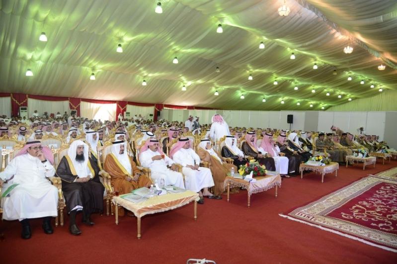 جامعة الملك خالد ترحب بطلاب وطالبات محافظة المجاردة والمراكز التابعة لها بمقر البرنامج