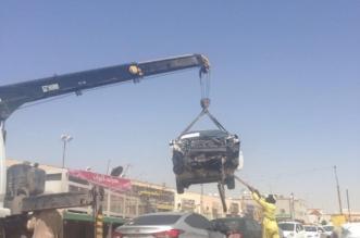 أمانة #الرياض تزيل 280 سيارة تالفة بصناعية النسيم - المواطن