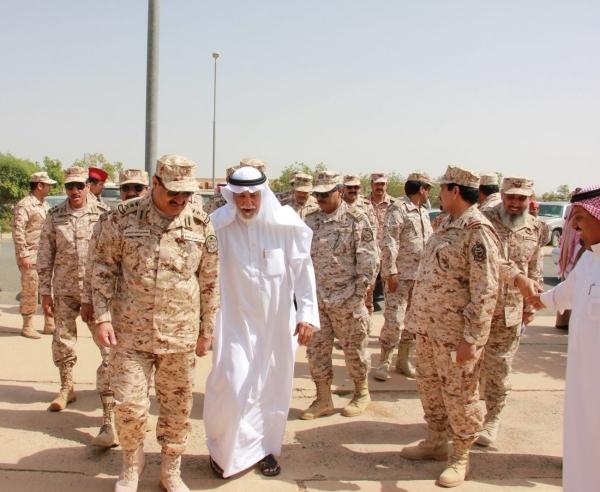 رئيس الجهاز العسكري بالحرس الوطني يتفقد الوحدات بالطائف - المواطن