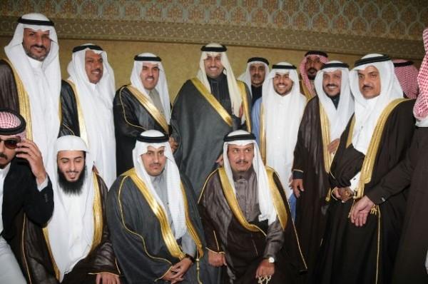 أمير الرياض يشرف احتفال آل الحيد بزواج ابنهم عبدالعزيز - المواطن