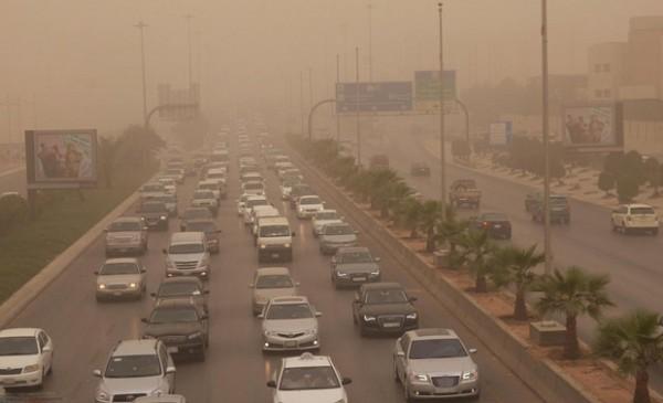 رياح قوية مثيرة للغبار على الرياض والأحساء والدمام - المواطن