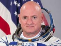 رائد الفضاء الأمريكي سكوت كيلي