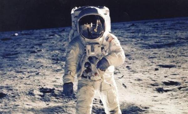رواد-الفضاء
