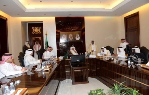 خالد-الفيصل-اجتماع