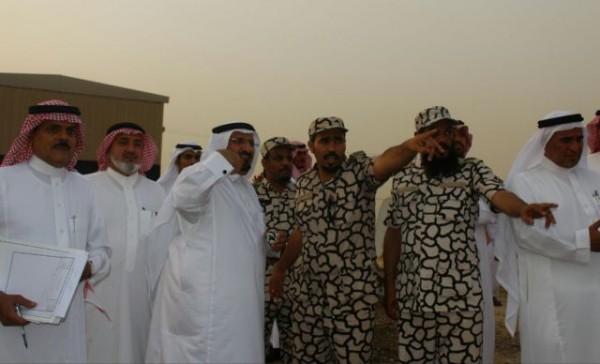 عبدالله-بن-محمد-السويد-يتفقد-الشريط-الحدودي
